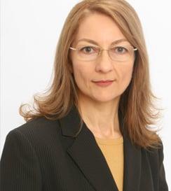 Dr. Ionela Hubbard